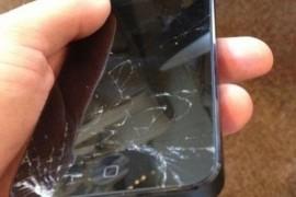 Inlocuirea geamului la telefoanele iPhone