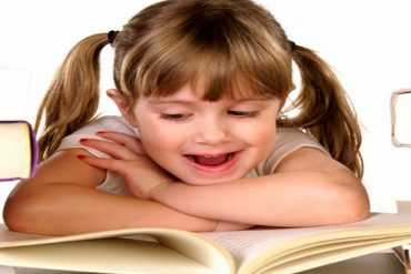 Care este varsta la care copiii invata mai repede o limba straina?
