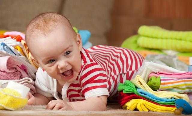 Cum sa alegem imbracamintea pentru bebelusi?