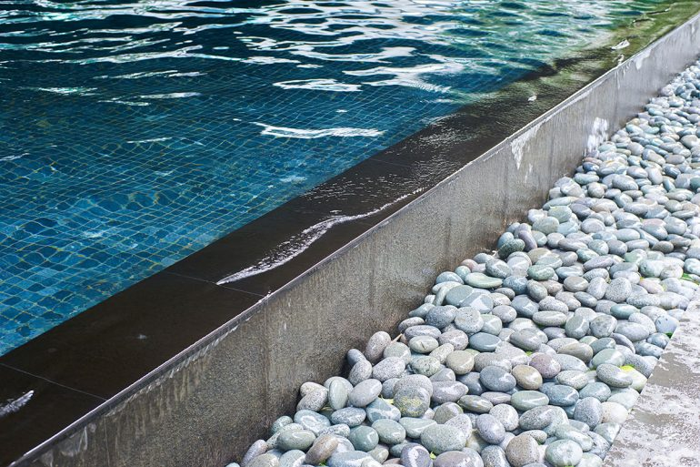 Sfaturi utile în caz ca vrei sa iti construiesti o piscina acasa